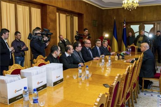 Tiltakozás az ukrán nyelvtörvény-tervezetek ellen