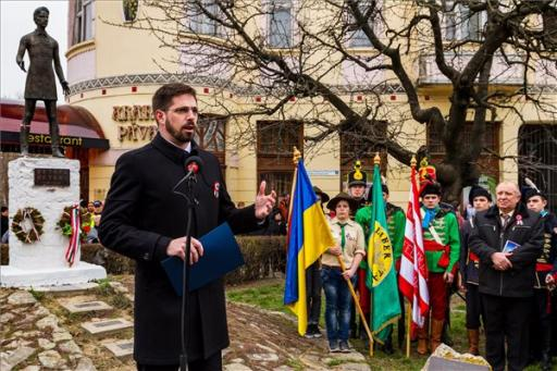 A magyar kormány kiáll a kárpátaljai magyarság mellett