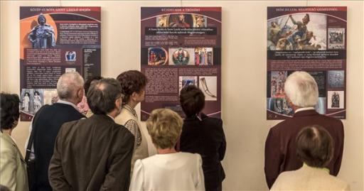 Kiállítás nyílt Szent Lászlóról a Magyarság Házában