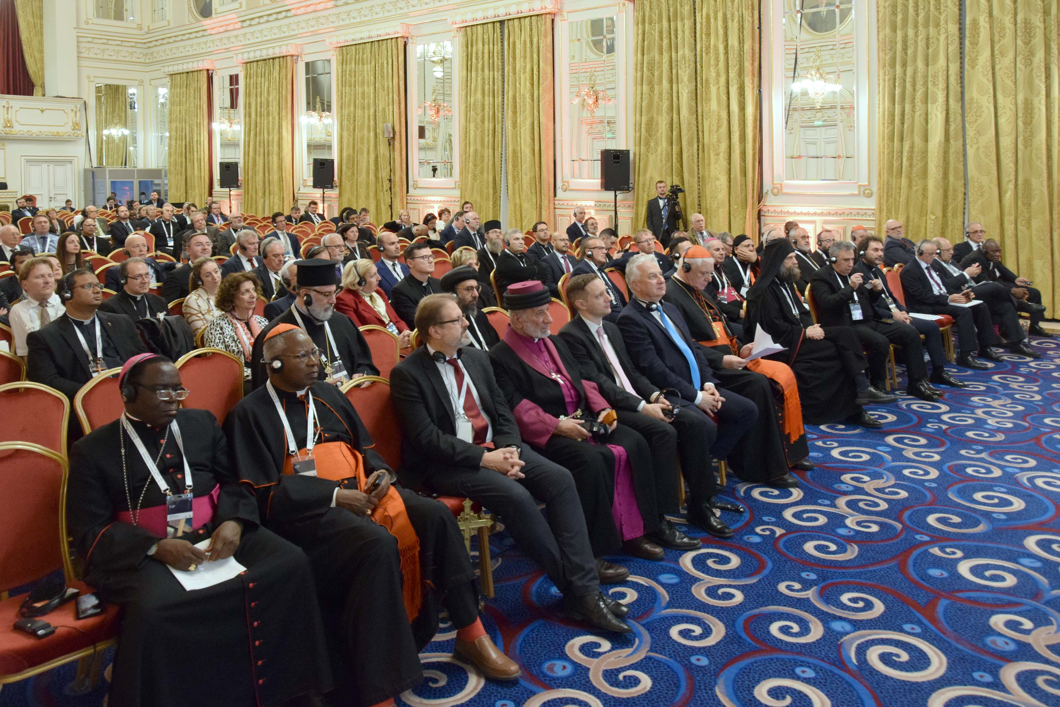 """Képtalálatok a következőre: keresztényüldözés konferencia"""""""
